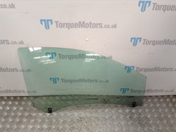 2008 Renault Clio 197 F1 Drivers front window glass