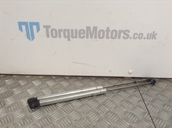 Volkswagen VW MK4 Golf R32 Boot gas struts