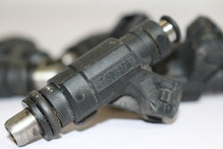 2002 BMW E46 M3 coupe fuel injectors S54 7830975