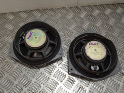 Lexus IS200 SE Front door speakers PAIR
