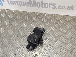 2005 BMW Mini Cooper Bonnet Catch Mechanism