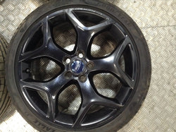"2010 Ford Focus St 18"" Alloy Wheels And Tyres"