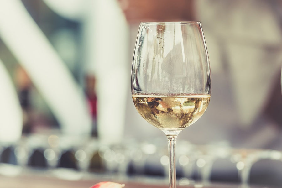 Which Glassware is Right For White Wine?