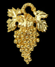 Large Grape Sommelier Pin - Gold Plate