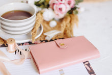 Women's Glossy Pink Bifold Leather Wallet - Cantoneri