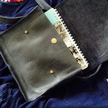 Small Cross Body Bag in Black Genuine Leather - Cantoneri