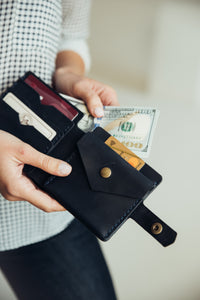 Bifold Leather Wallet [Dark Blue] - Cantoneri
