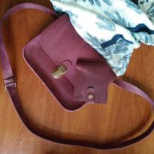 Small Leather Cross Body Bag with Buckle [Marsala] - Cantoneri