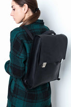 Convertible Black Leather Backpack / Shoulder Bag - Cantoneri