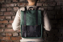 Two-Colored Green and Brown Leather Backpack - Cantoneri