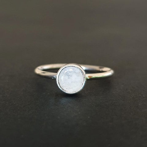 Pademangan Ring Bali Silver 925 Moonstone