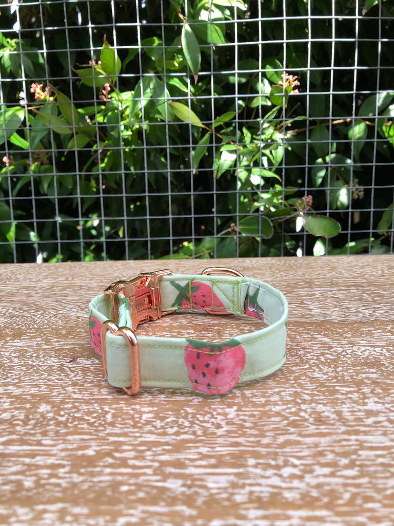"""Berry Sweet"" Collar"