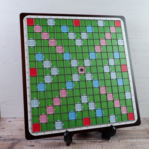 Sam Board 2 - Premium Square Wooden Board - Green