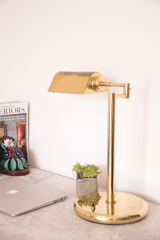 Brass bankers lamp. Decorative antiques Bristol Dig Haushizzle