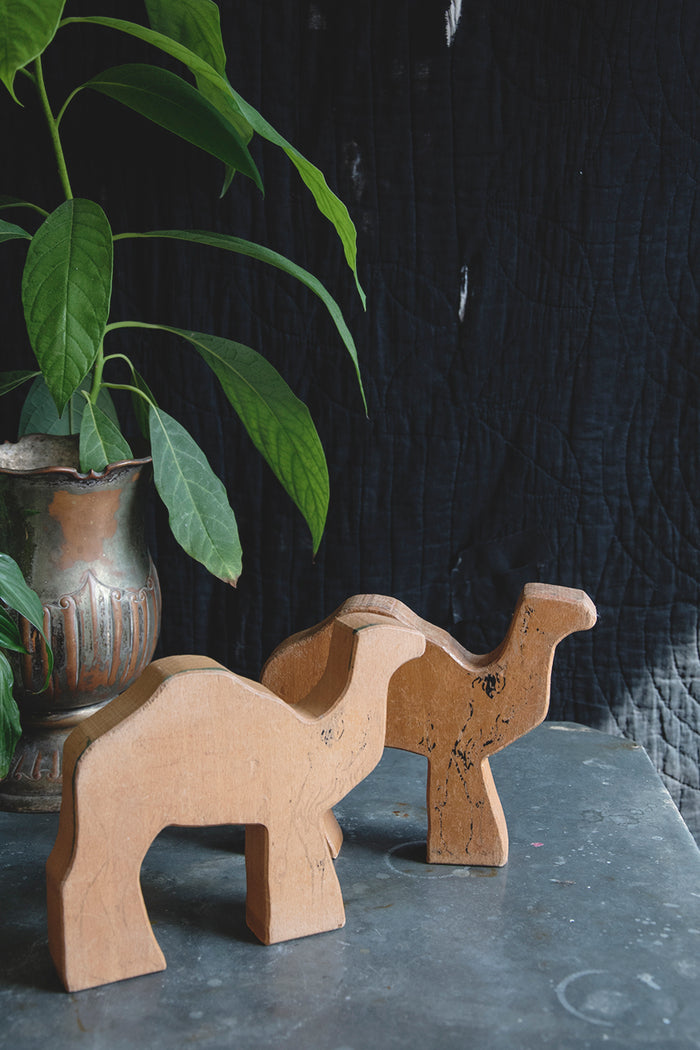 Decorative wooden animals