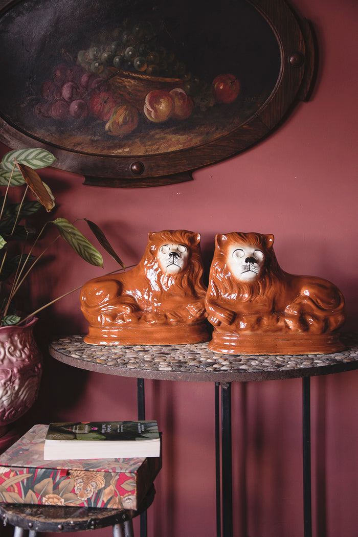 Vintage ceramic lion ornaments. Very decorative ornaments from Dig Haushizzle vintage shop Bristol.