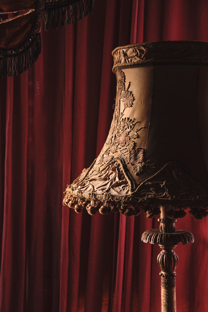 Gilt Wood Standard Lamp With Original Silk Embroidered Shade