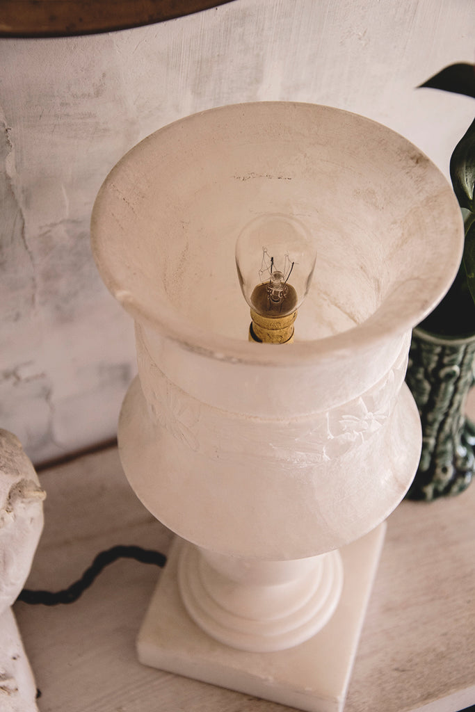 White alabaster lamp. Interior design and decorative antiques Dig Haushizzle Bristol