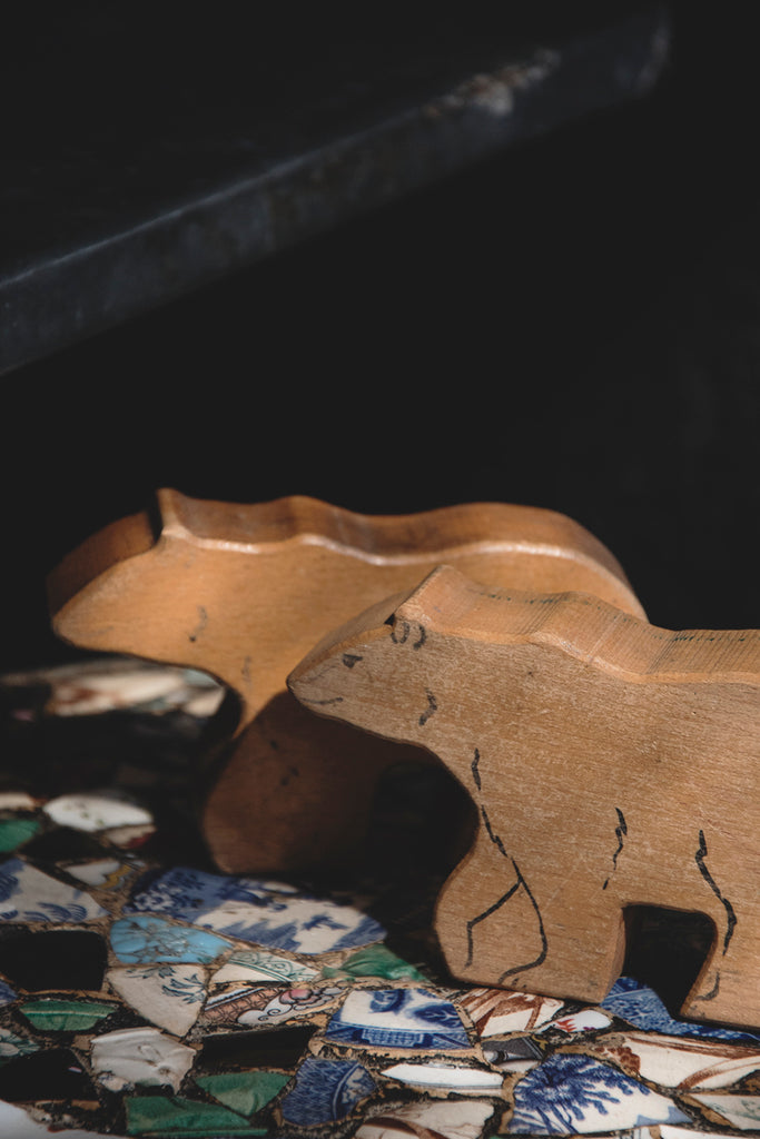 DECORATIVE VINTAGE WOODEN ANIMALS