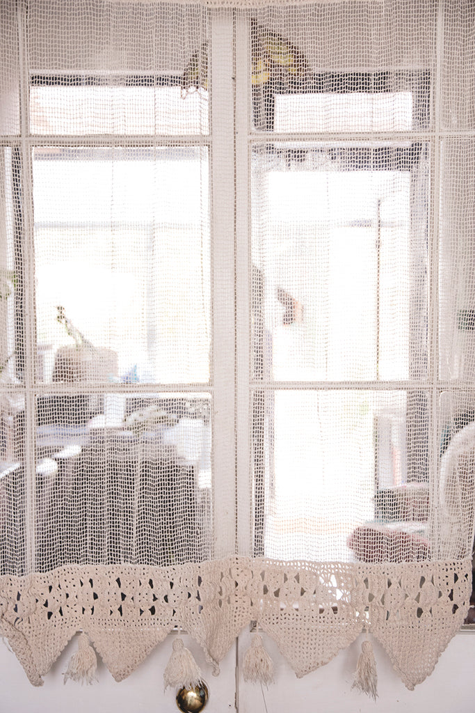 WHITE CROCHET CURTAIN