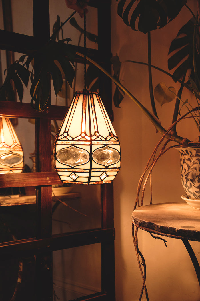 Vintage lighting and interiors Bristol. Dig Haushizzle
