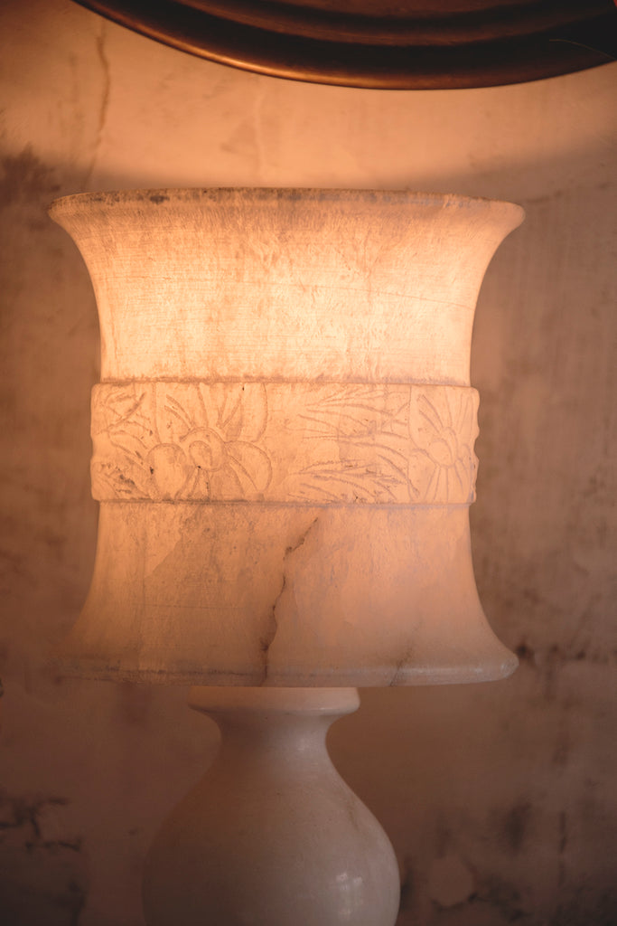 Vintage alabaster lamp. decorative antique lighting and homewares Bristol. Dig Haushizzle