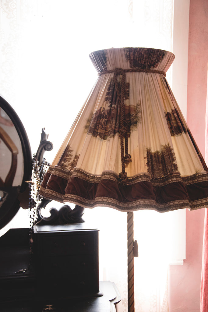 Brass standard lamp with original light shade. decorative antique lighting Bristol Dig Haushizzle