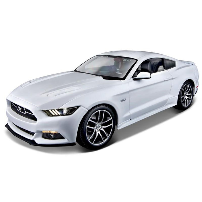 Maisto 1:18 2015 Ford Mustang Anniversary Edition Die Cast Model