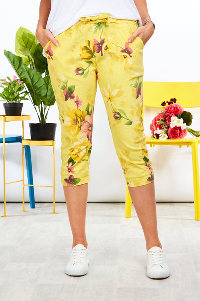 Magical stretch crops  - Garden print - Yellow