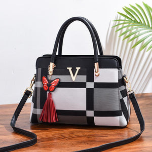 Shay Vee Bag for Women - GY