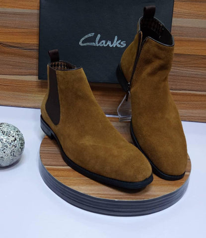 Clarks Luxus Chelsea Boot For Men (Brown)