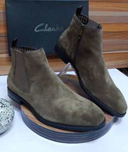 Clarks Luxus Chelsea Boot For Men (Coffee)