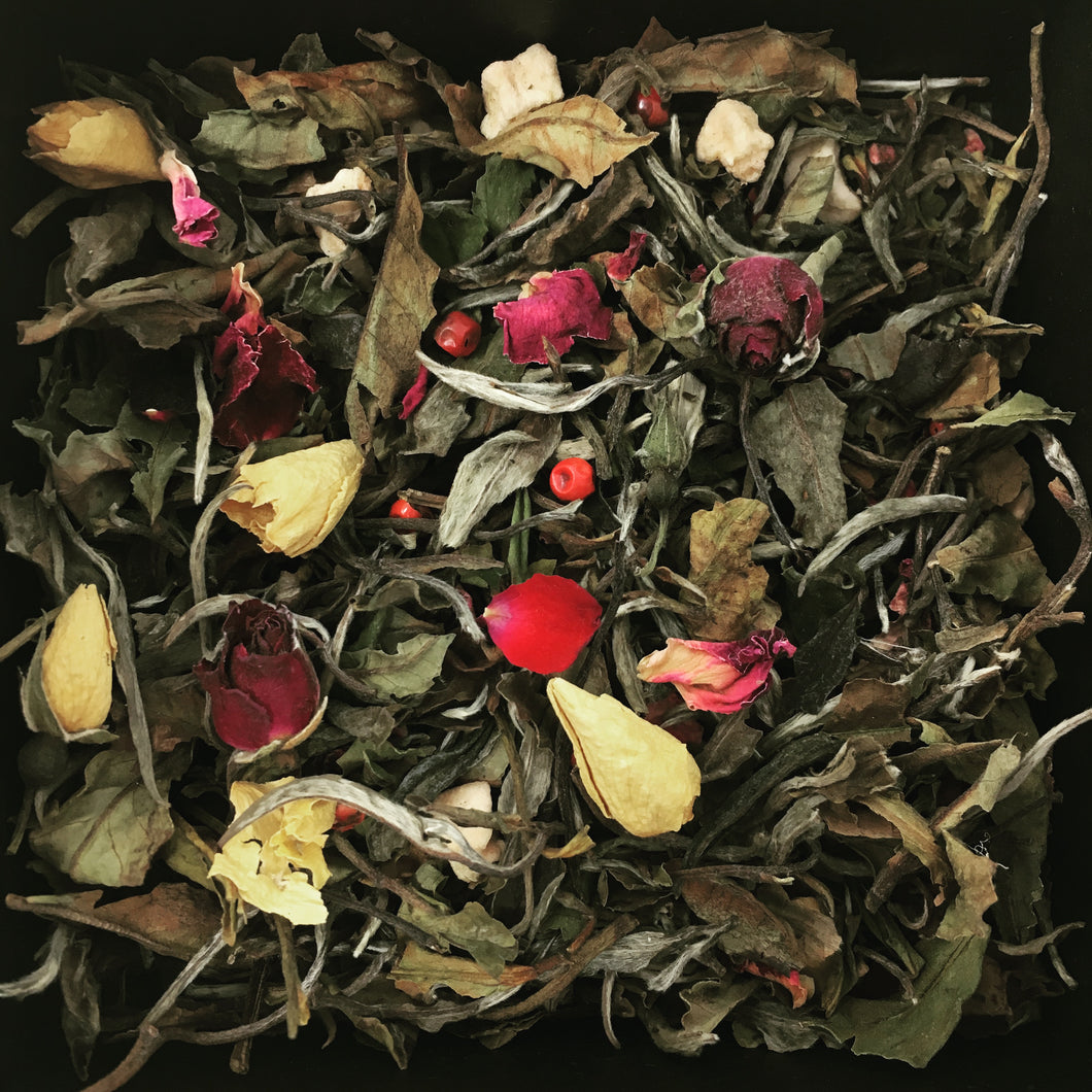 WHITE TEA & RASPBERRY ROSE | LOOSE LEAF WHITE TEA