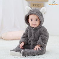 23 - Newborn Baby Bear Romper - Gray 05
