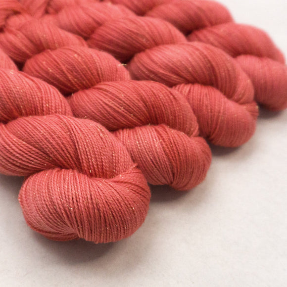 Gold Dust Yarn - Coral Semi Solid