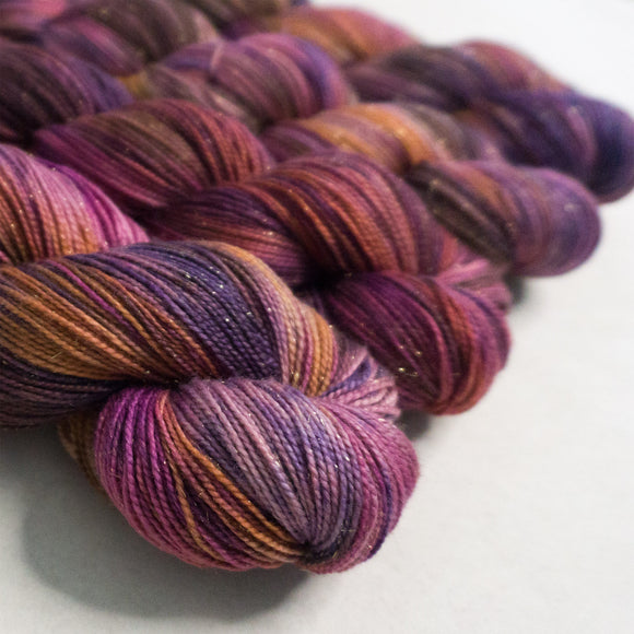 Gold Dust Yarn - Crocus Variegated