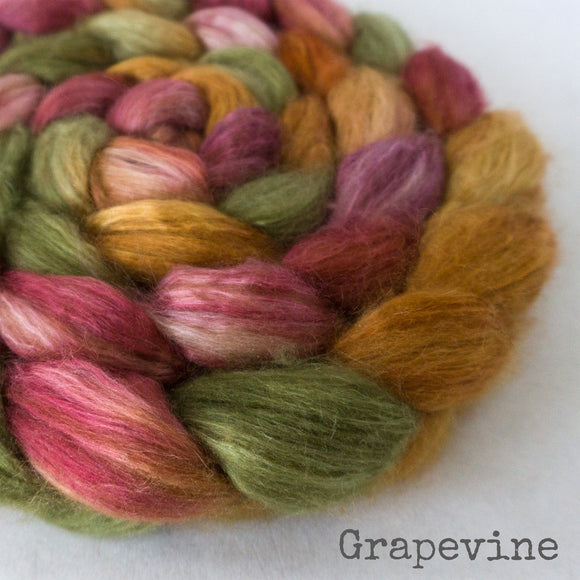Camel Silk Roving - Grapevine