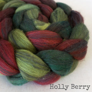 Polwarth Black Bamboo Silk Roving - Holly Berry
