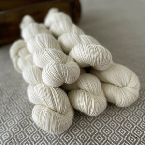 Cashmere Delight Yarn - Natural