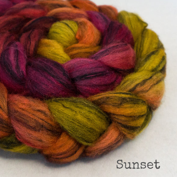 Polwarth Black Bamboo Silk Roving - Sunset