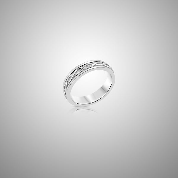 Twisted Band Spinner Ring