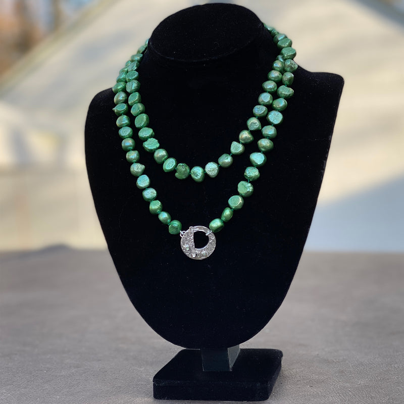 Green Pearl Sapphire Necklace