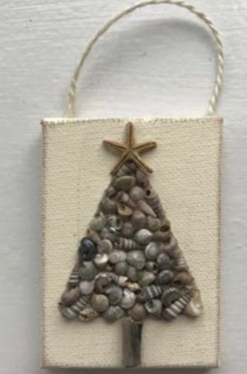 Christmas tree ornament small shell