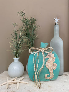T1606 aqua wood pumpkin with seahorse