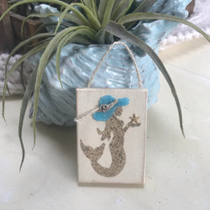 T1528 sand mermaid with beach hat