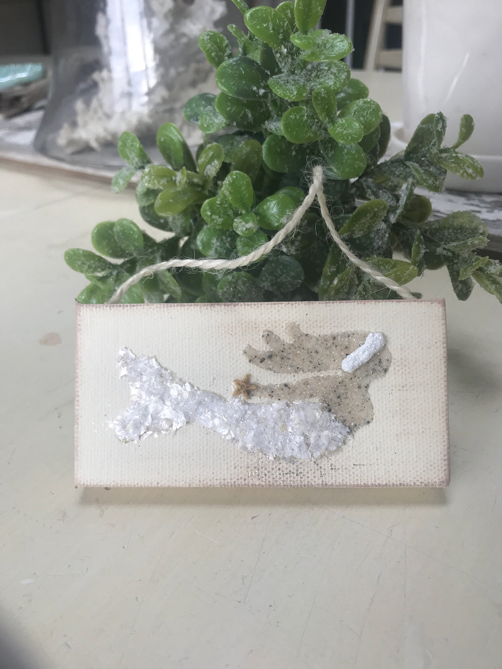 T1549 white tail mermaid ornament