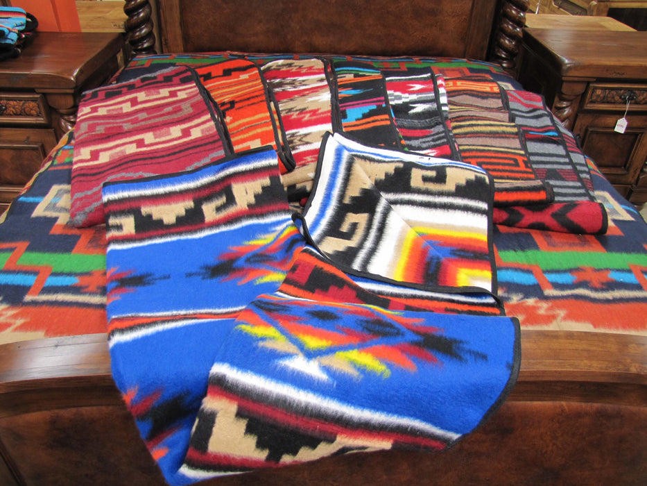 #1 COLD WEATHER CAMP BLANKET!  12 -  6'x7' Camp Blankets! WHOLESALE $26 ea!