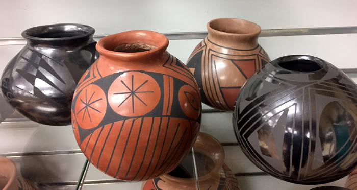 NEW ! 4 Small Authentic Casas Grandes Pottery from MEXICO !  Wholesale $12 ea.!