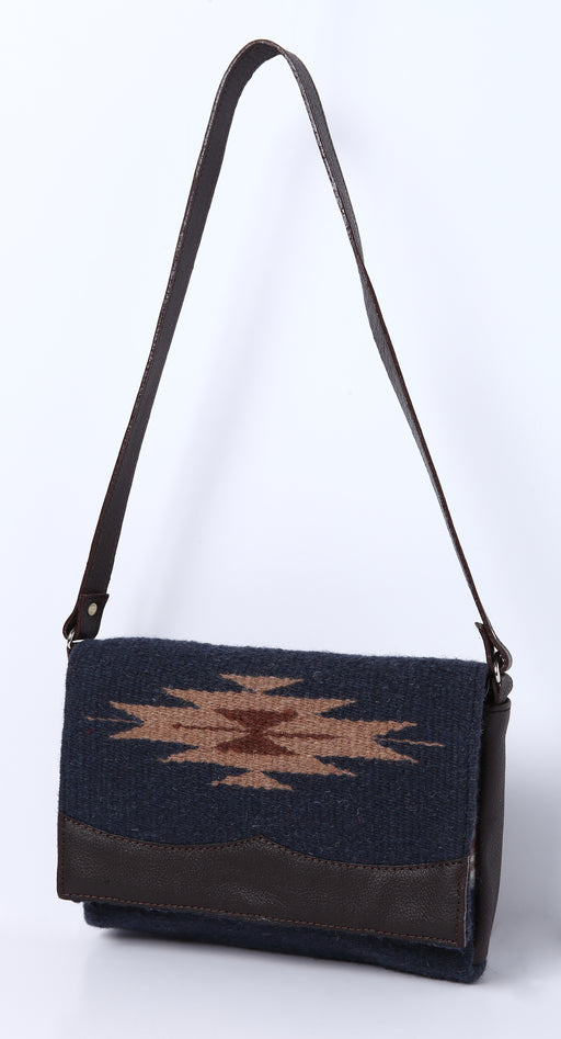 Wool Annie O. Date Purse D
