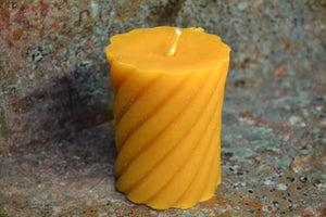 "Spiral pillars 3.5"" half pound candle"